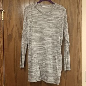 GREY AND WHITE HEATHERED TUNIC!